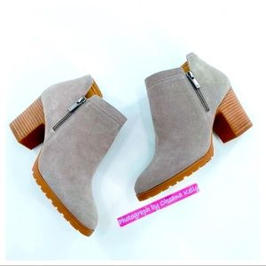 LUCKY BRAND Suede Stacked Block Heel Boot 9M NORYN